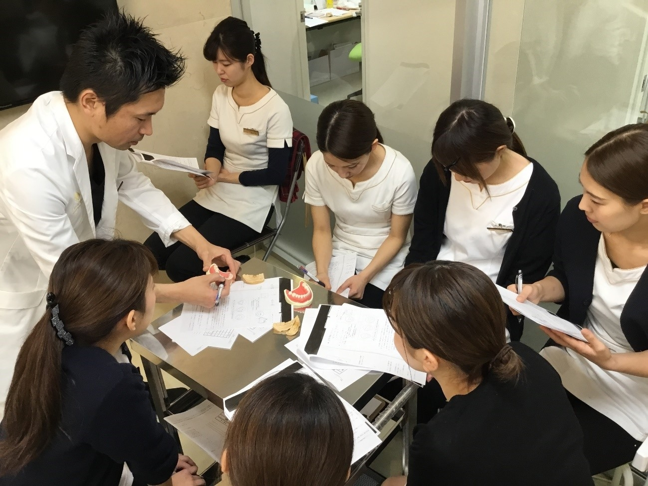 http://www.s-shika-clinic.com/asset/wwwww.jpg